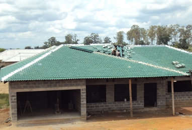 Green concrete roofing tiles